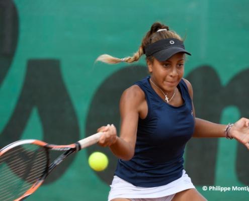 Sophia Biolay tennis pro
